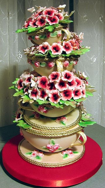 Beautiful Cake with Beautiful Flowers