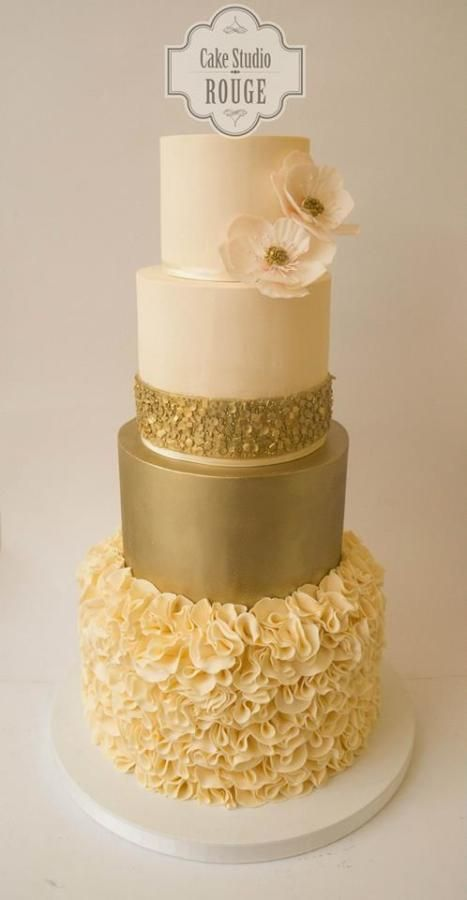 Gold Wedding Cake - Cake by Ceca79 - Amazing Cake Ideas