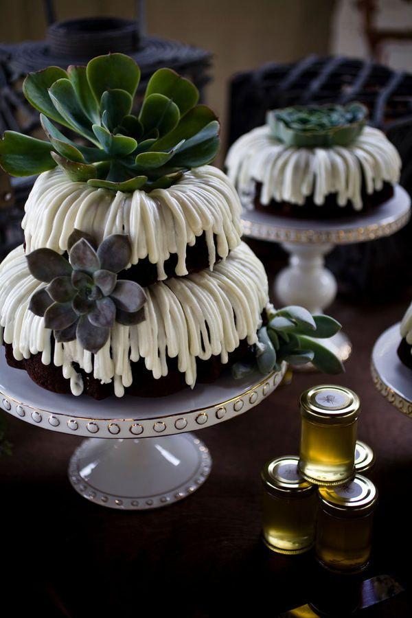 Those cakes! amazing and so unique