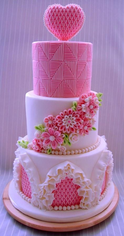 Beautiful Pink Cake Images : Artistic and Wonderful Cakes - Page 3 of 29