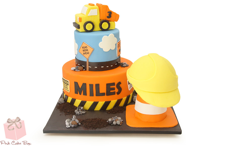 Prime Boys Construction Themed Cake Amazing Cake Ideas Funny Birthday Cards Online Elaedamsfinfo