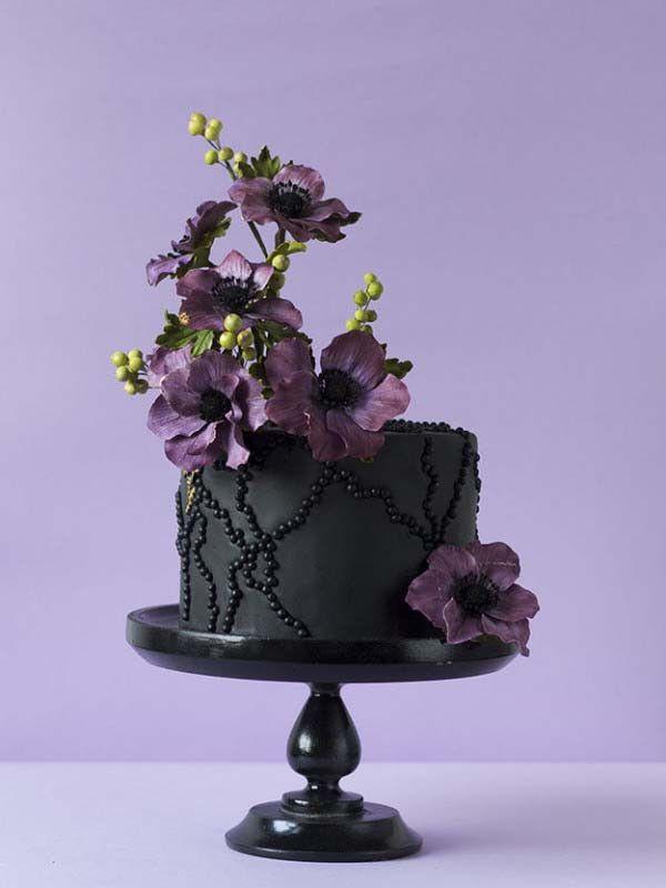 Dramatic Black Cake and Purple Flowers Amazing Cake Ideas