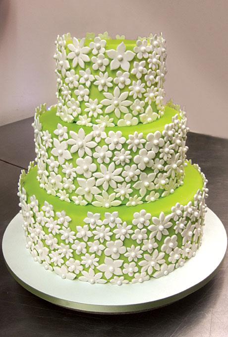 Green Wedding Cake With White Flowers Amazing Cake Ideas