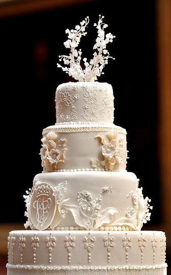 Kate Middleton & Prince William's Wedding Cake