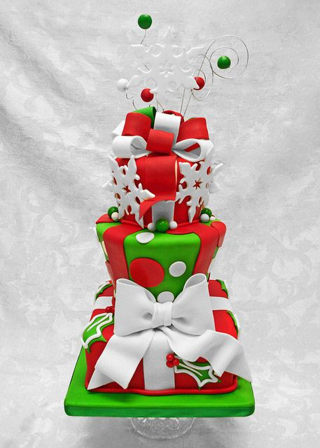Beautiful Christmas Cake