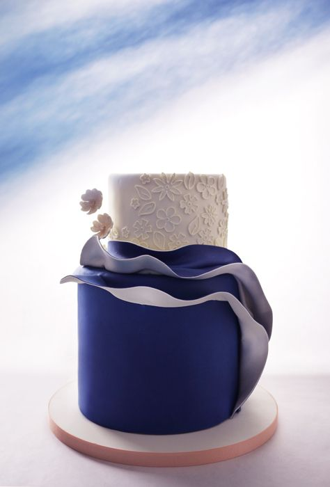 Elegant Blue Cake
