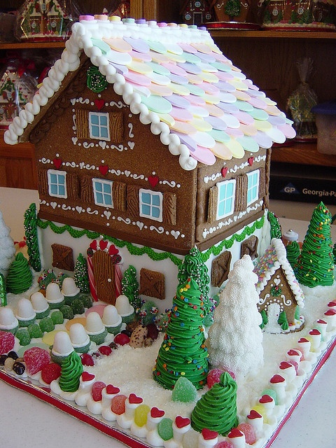 25 Super Impressive Holiday Cakes - Page 7 of 25