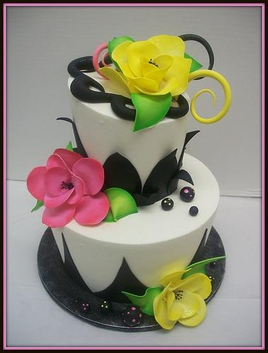 Black white flower cake amazing cake ideas black white flower cake mightylinksfo