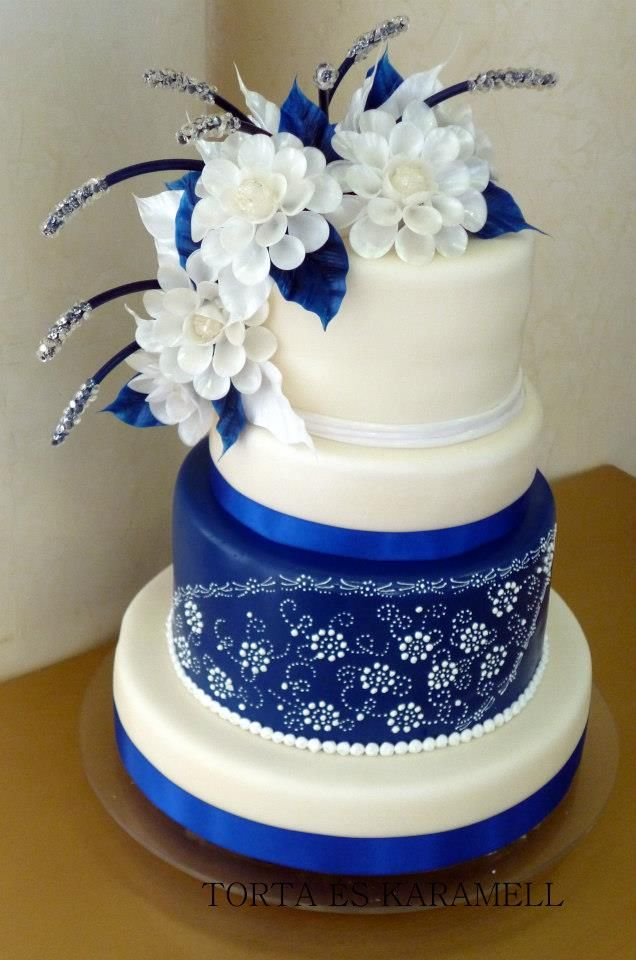 Traditional Blue Wedding Cake