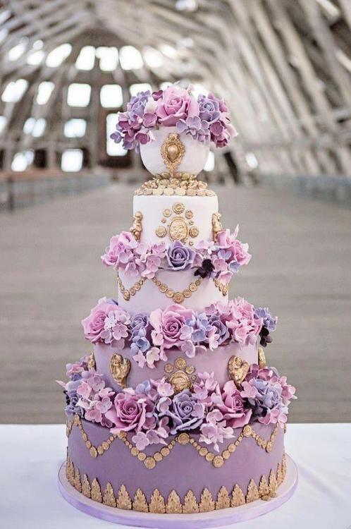 Marie Antoinette Cake from Elizabeth's Cake Emporium