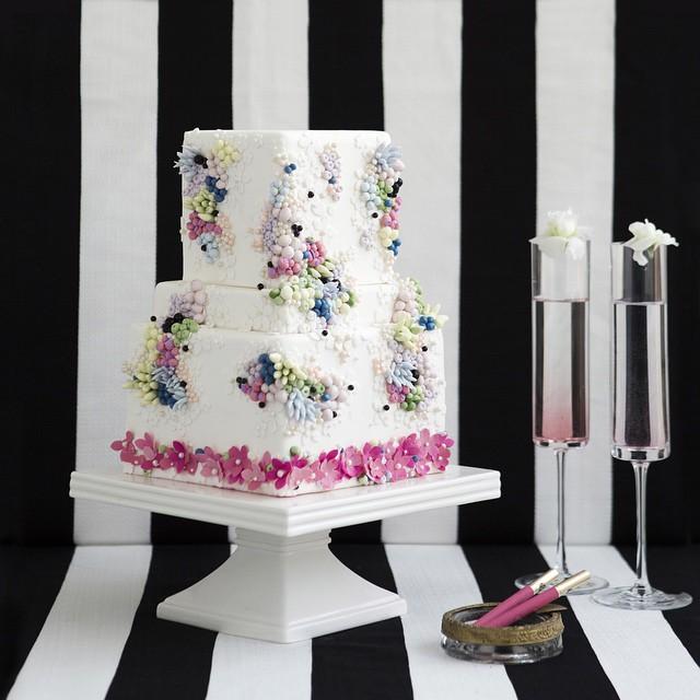 Abu Dhabi Cake Designer the Caketress Lori Hutchinson