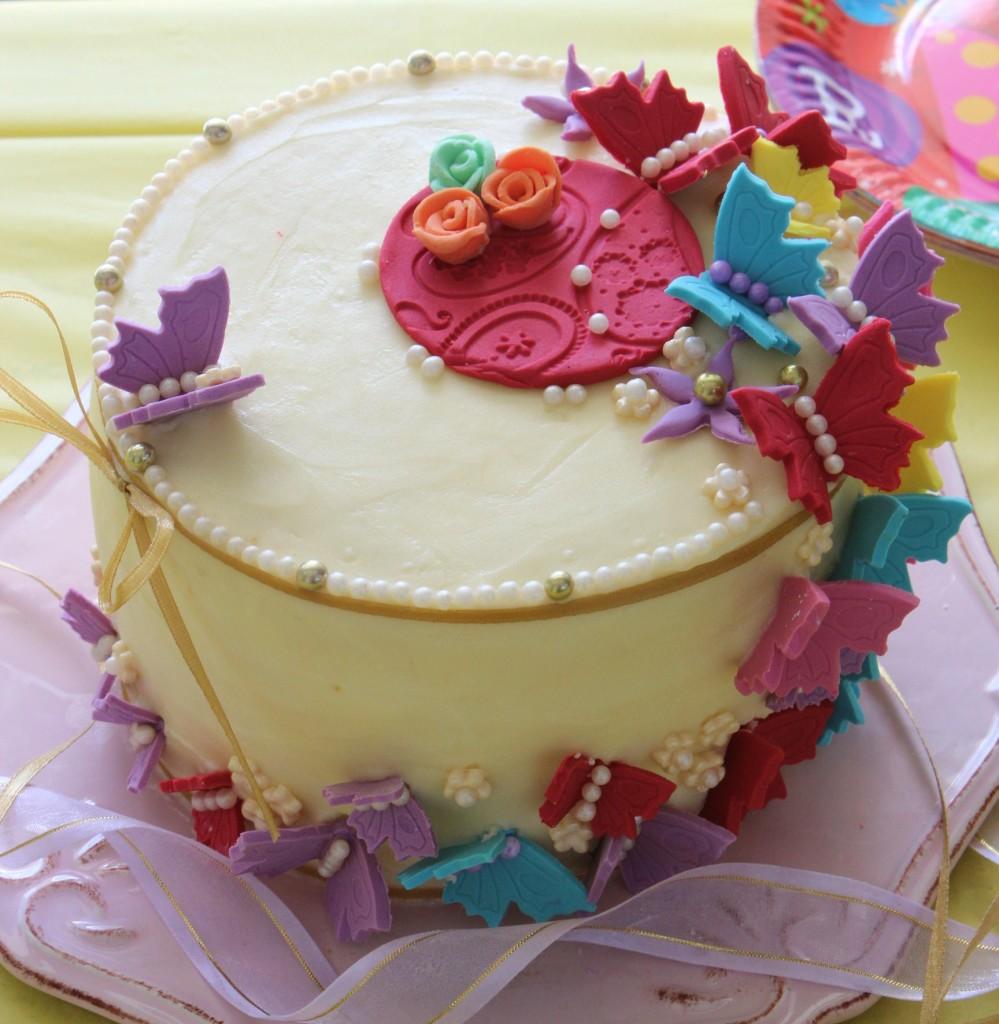 Pretty Cake Designs For Birthday