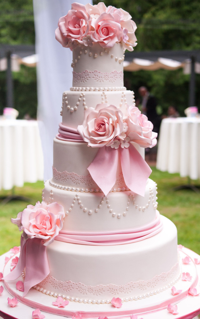 Breezy Pink Cake