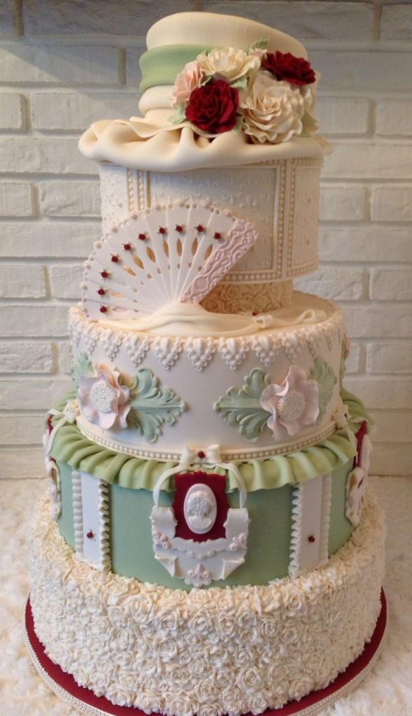 Heaven Dusty Cake