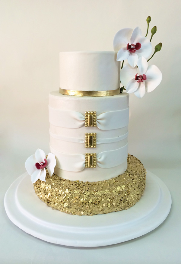 Cute Pink White Wedding Cake
