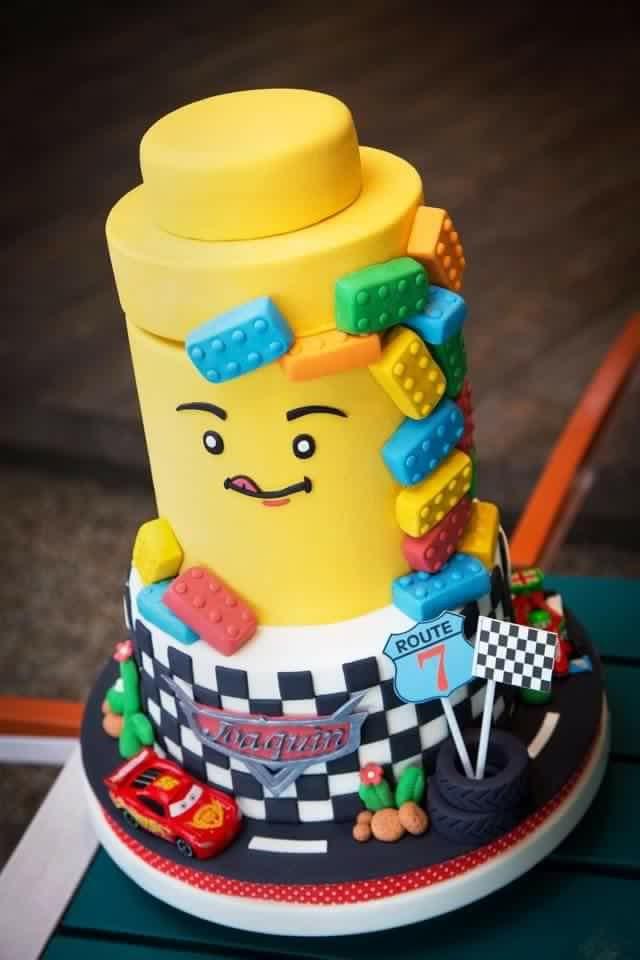 Maribel Laggui's Lego Cake