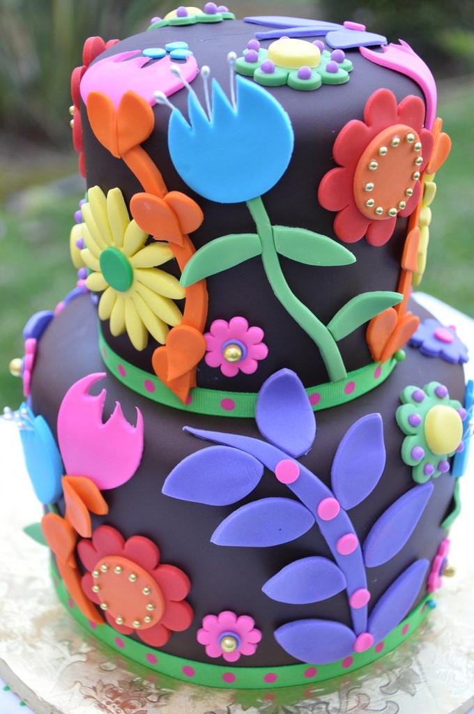 Pretty Cake by TheCakeMamas
