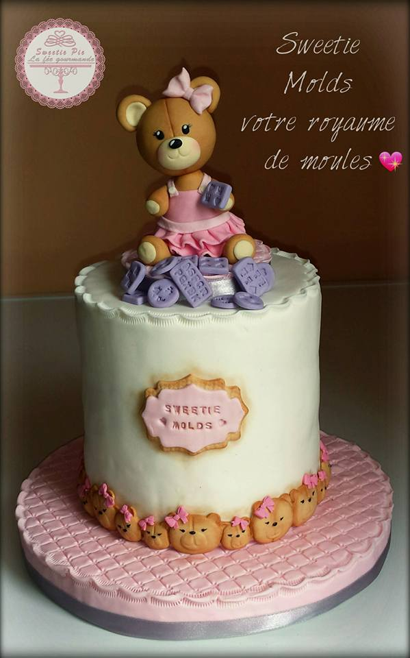 Sweetie Pie Molds' Cake
