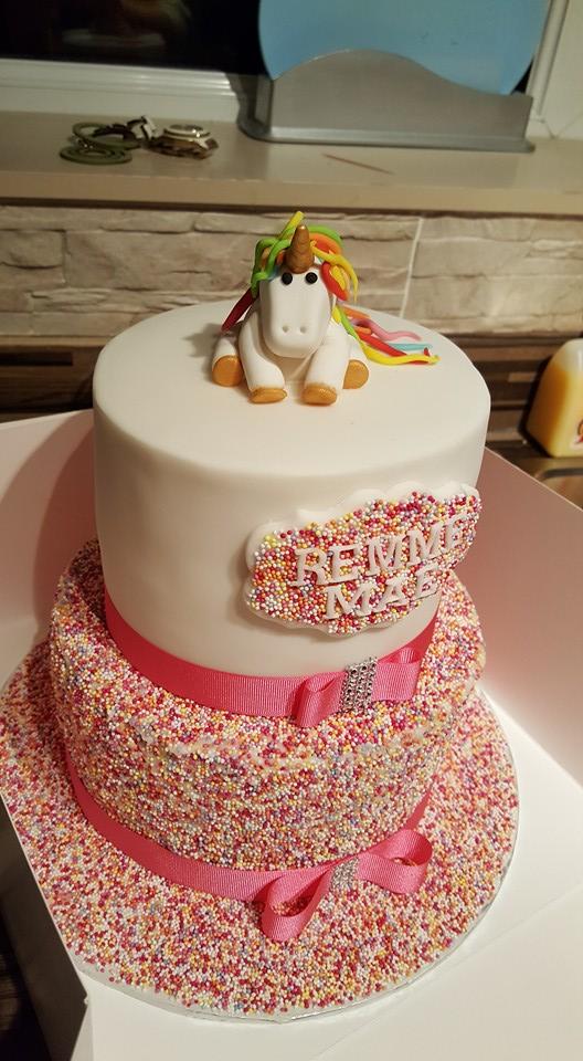 Cazza Shaw S Pony Cake Amazing Cake Ideas