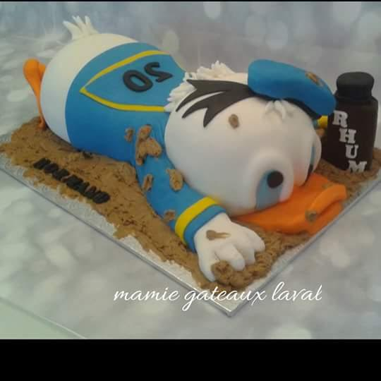 Incredible Manon Fortier Donald Duck Cake Amazing Cake Ideas Funny Birthday Cards Online Elaedamsfinfo