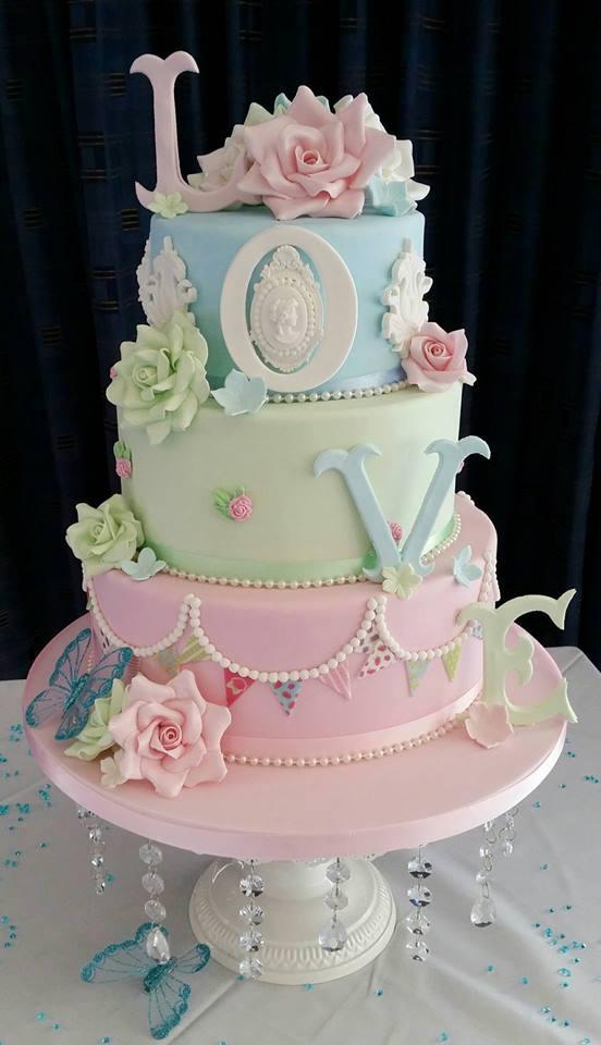 Mike Edd's Beautiful Cake