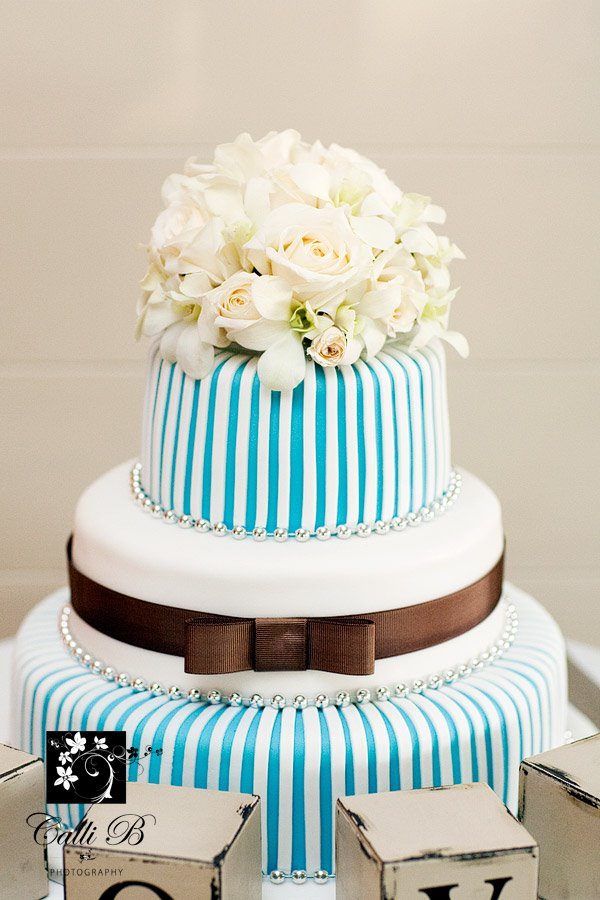 Tiffany Blue Cake Design : 16 Amazing, Fabulous and Cute Cakes