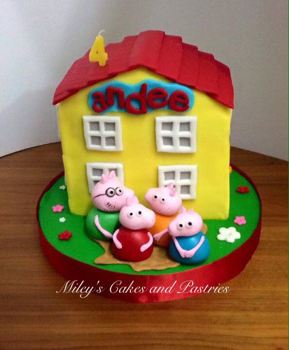 Cute Peppa Pig Themed Cake by Rema Reyes